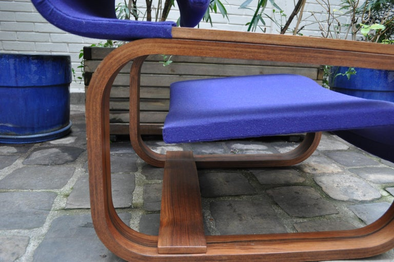 Pair of Armchairs by Jan Bocan for the Czechoslovakian Embassy, Thonet, 1972 For Sale 7