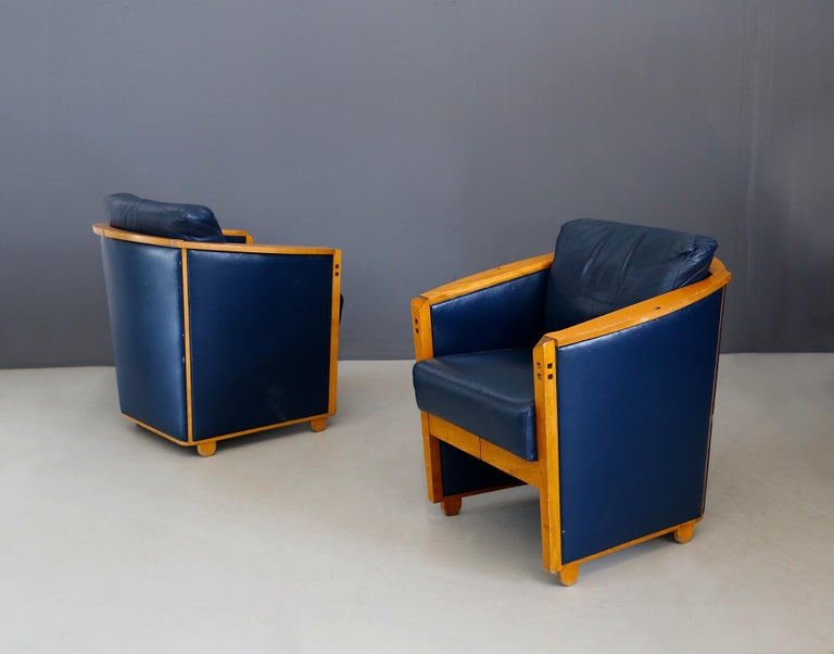 Italian Pair of Armchairs by Umberto Asnago