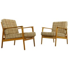 Pair of midcentury Armchairs, Convertible 1960s Lounge-Chairs of Solid Beech