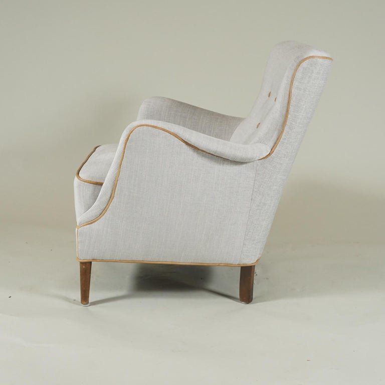 Mid-Century Modern Pair of Armchairs Danish Cabinetmaker For Sale