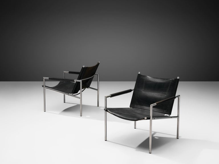 Mid-Century Modern Pair of Armchairs in Black Leather by Martin Visser For Sale