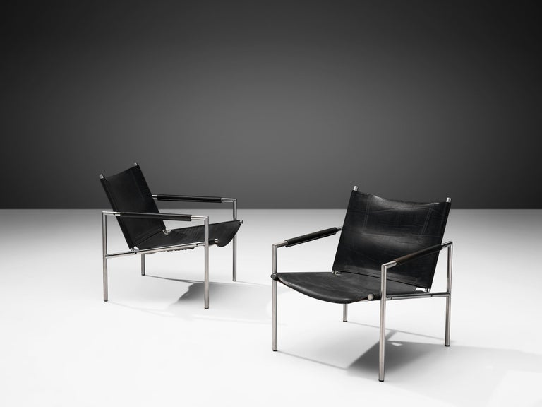 Dutch Pair of Armchairs in Black Leather by Martin Visser For Sale