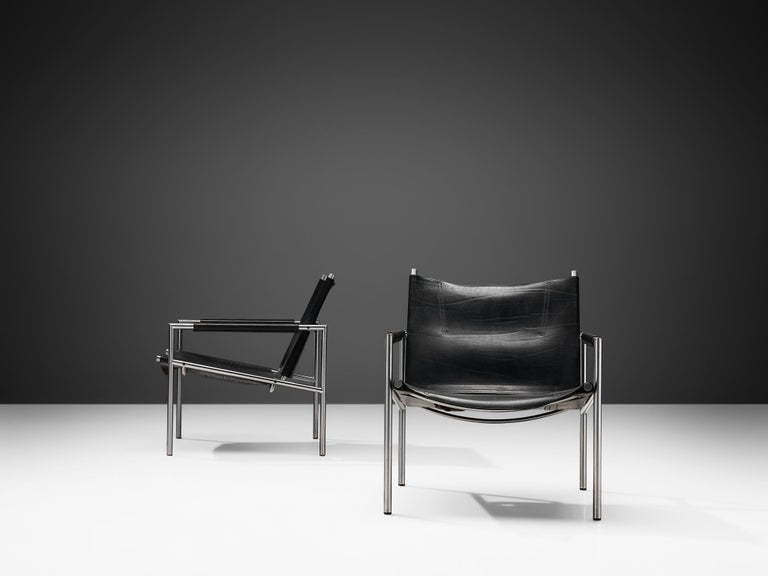 Mid-20th Century Pair of Armchairs in Black Leather by Martin Visser For Sale