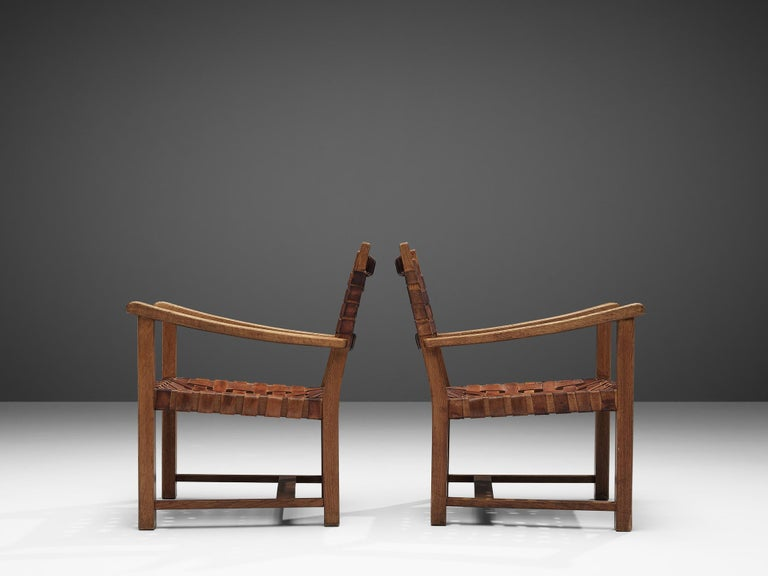 Mid-20th Century Pair of Armchairs in Cognac Leather and Oak For Sale