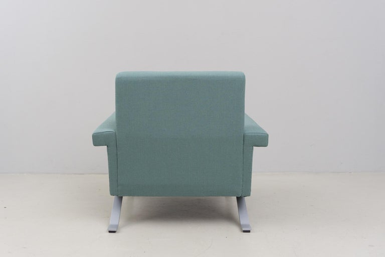 Metal Pair of Armchairs in Grey-Green, Model '875', Ico Parisi, 1960 For Sale