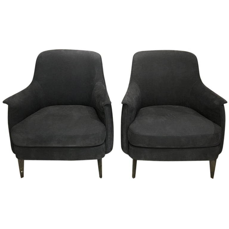 Pair of Armchairs in Light Grey Nubuk Leather with Black Chrome Legs by Cierre For Sale