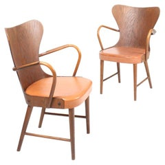 Pair of Armchairs in Oak and Patinated Leather by Fritz Hansen, 1940s