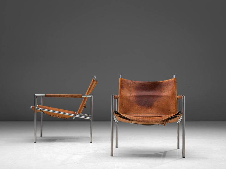Mid-20th Century Pair of Armchairs in Patinated Cognac Leather by Martin Visser For Sale