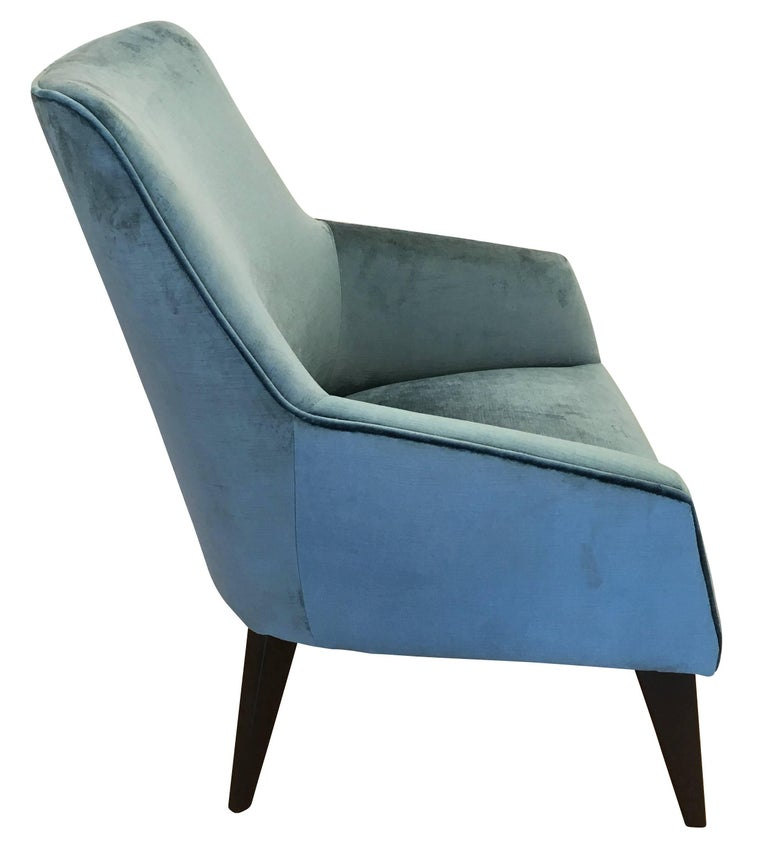 Italian Pair of Armchairs in the Manner of Gio Ponti For Sale