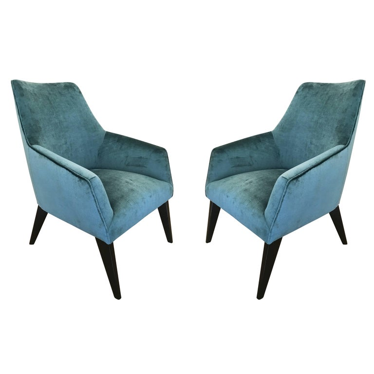 Pair of Armchairs in the Manner of Gio Ponti For Sale