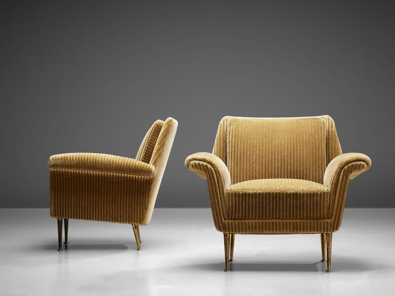 Italian Pair of Armchairs in Yellow Velvet Upholstery For Sale