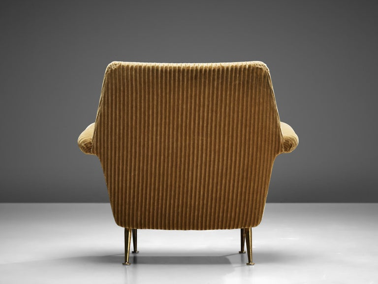 Mid-20th Century Pair of Armchairs in Yellow Velvet Upholstery For Sale