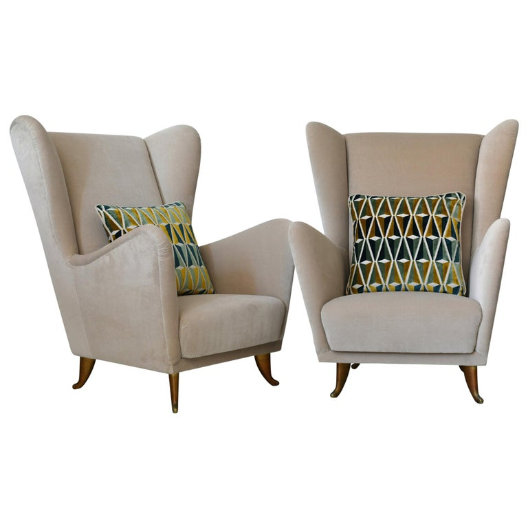 Pair of Armchairs Isa Bergamo with Brass Legs, Midcentury 1950 Italy For Sale