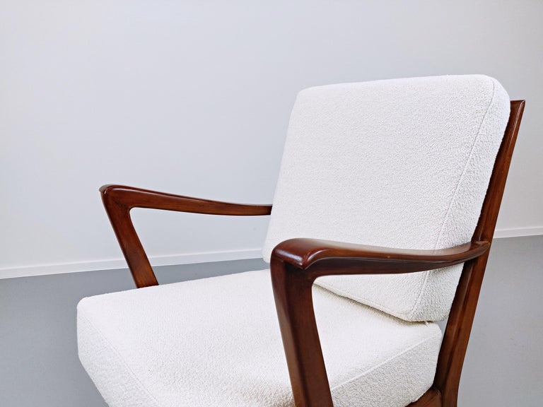 Pair of Armchairs Model 516 by Gio Ponti for Cassina, 1950s For Sale 7