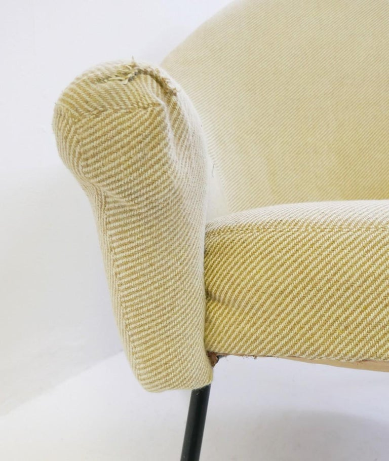 Belgian Pair of Armchairs Model 770 by Joseph-André Motte, 1958 For Sale