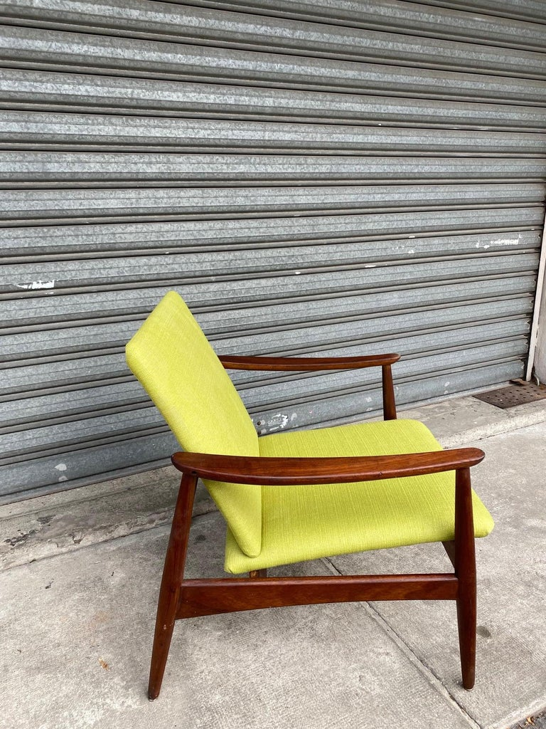 Pair of Armchairs, Portugal, 1960s In Good Condition For Sale In Paris, FR