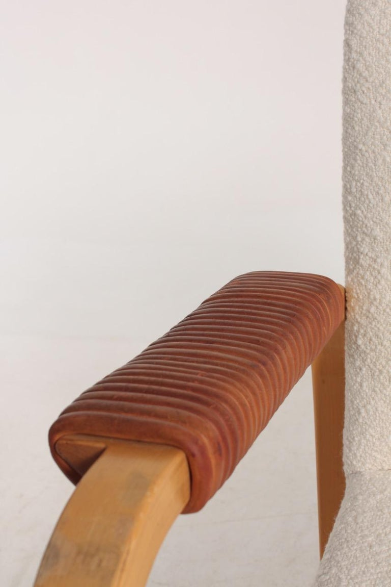 Pair of Armchairs with Bouclé and Patinated Leather by Alvar Aalto, 1950s For Sale 5