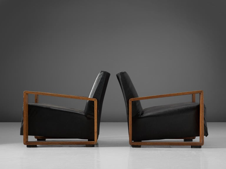 Mid-Century Modern Pair of Armchairs with Geometric Wooden Frame For Sale
