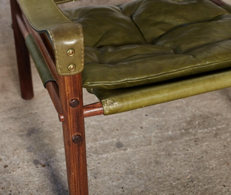 Pair of Arne Norell Rosewood Safari Chairs, Green Leather, Sweden, 1970s 7