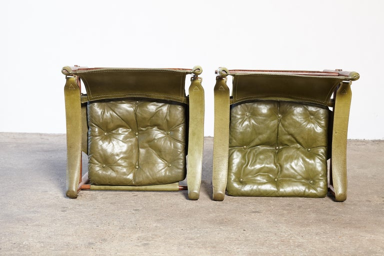 Pair of Arne Norell Rosewood Safari Chairs, Green Leather, Sweden, 1970s 2