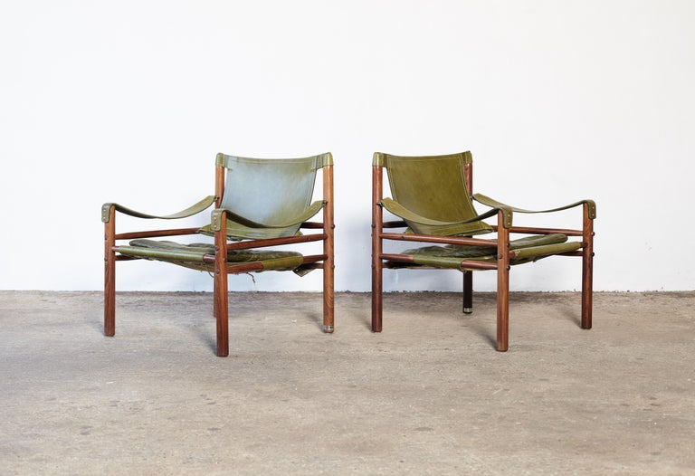 20th Century Pair of Arne Norell Rosewood Safari Chairs, Green Leather, Sweden, 1970s