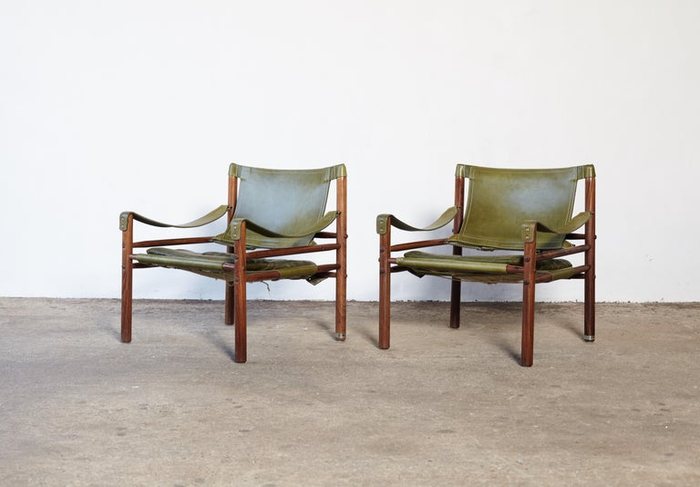 Palisander Pair of Arne Norell Rosewood Safari Chairs, Green Leather, Sweden, 1970s