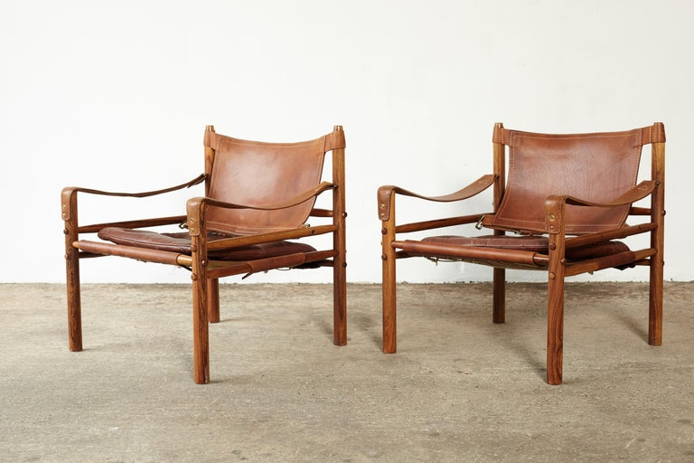 Pair of Arne Norell Rosewood Safari Chairs, Sweden, 1970s In Good Condition In London, GB