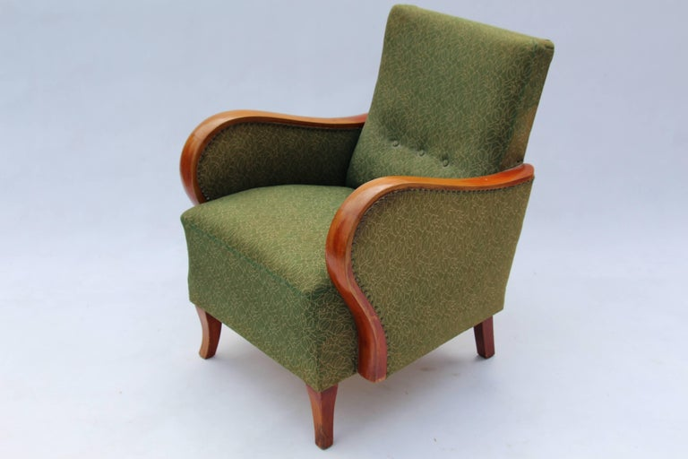 Pair of Art Deco armchairs in original upholstery, stabile construction.