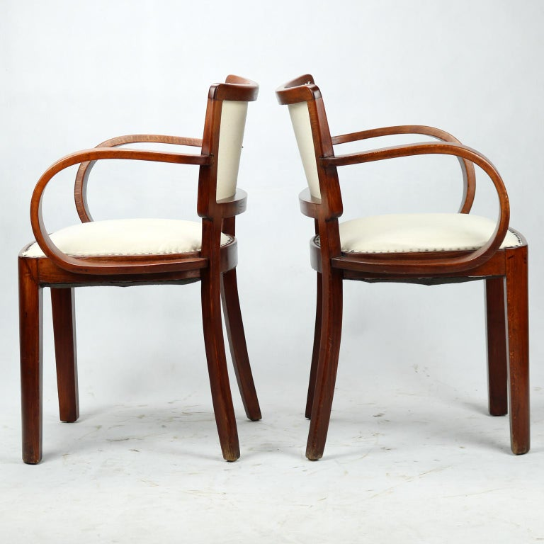 Bentwood Pair of Art Deco Armchairs, circa 1930 For Sale