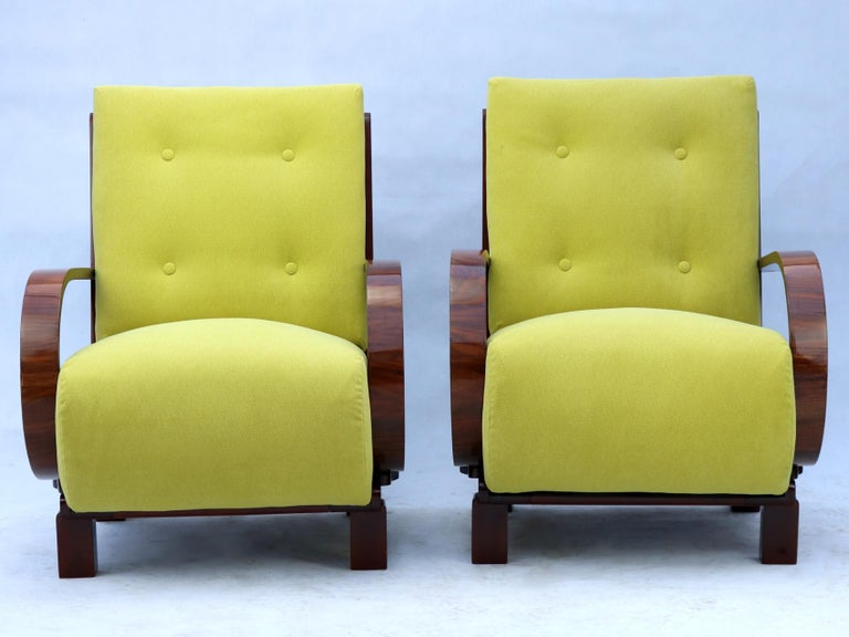 Pair of Art Deco Armchairs, Fully Restored, circa 1930 In Excellent Condition For Sale In Lucenec, SK