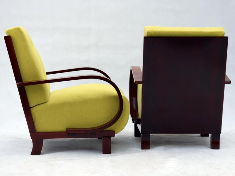 Pair of Art Deco Armchairs, Fully Restored, circa 1930 For Sale 1