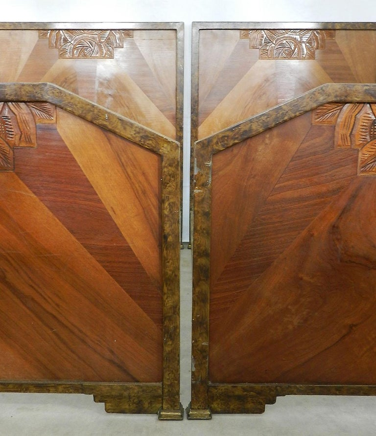 20th Century Pair of Art Deco Beds Twin Singles Marquetry Sunray, circa 1930 For Sale