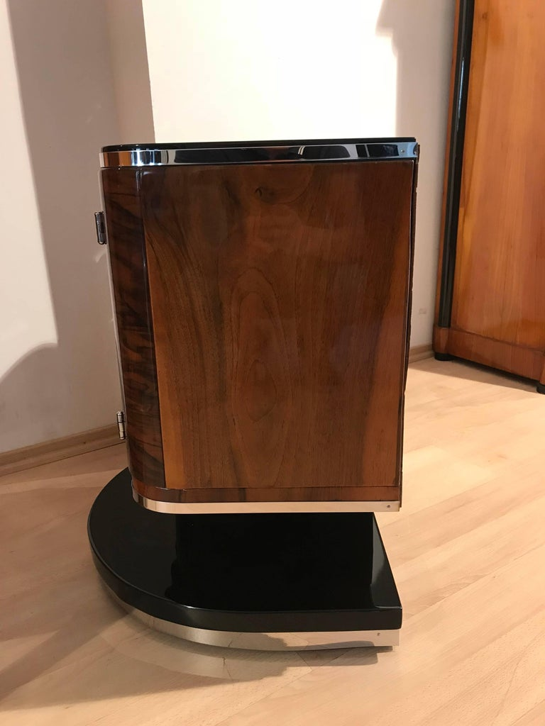Pair of Art Deco Bedside Tables, Walnut/Black/Metal, France circa 1930 3