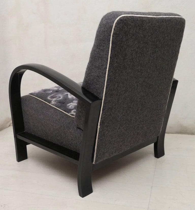 Pair of Art Deco Black Shellac and Wool Italian Armchairs, 1940 For Sale 2