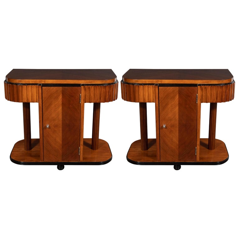 Pair of Art Deco Book-Matched Walnut and Black Lacquer Machine Age End Tables For Sale