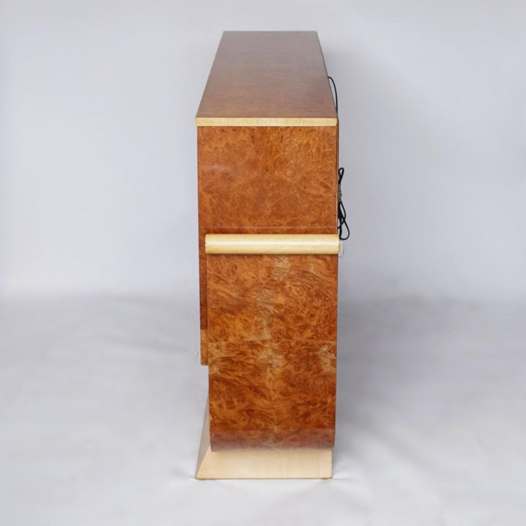 Pair of Art Deco Bookcases by Harry & Lou Epstein Burr Walnut and Satin Birch For Sale 1
