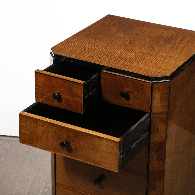 Pair of Art Deco Bookmatched Amboyna & Burled Elm Nightstands with Cubist Detail For Sale 3
