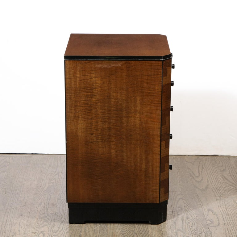 Pair of Art Deco Bookmatched Amboyna & Burled Elm Nightstands with Cubist Detail For Sale 4