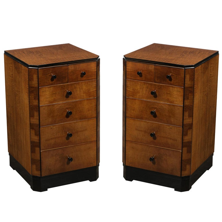 Pair of Art Deco Bookmatched Amboyna & Burled Elm Nightstands with Cubist Detail For Sale