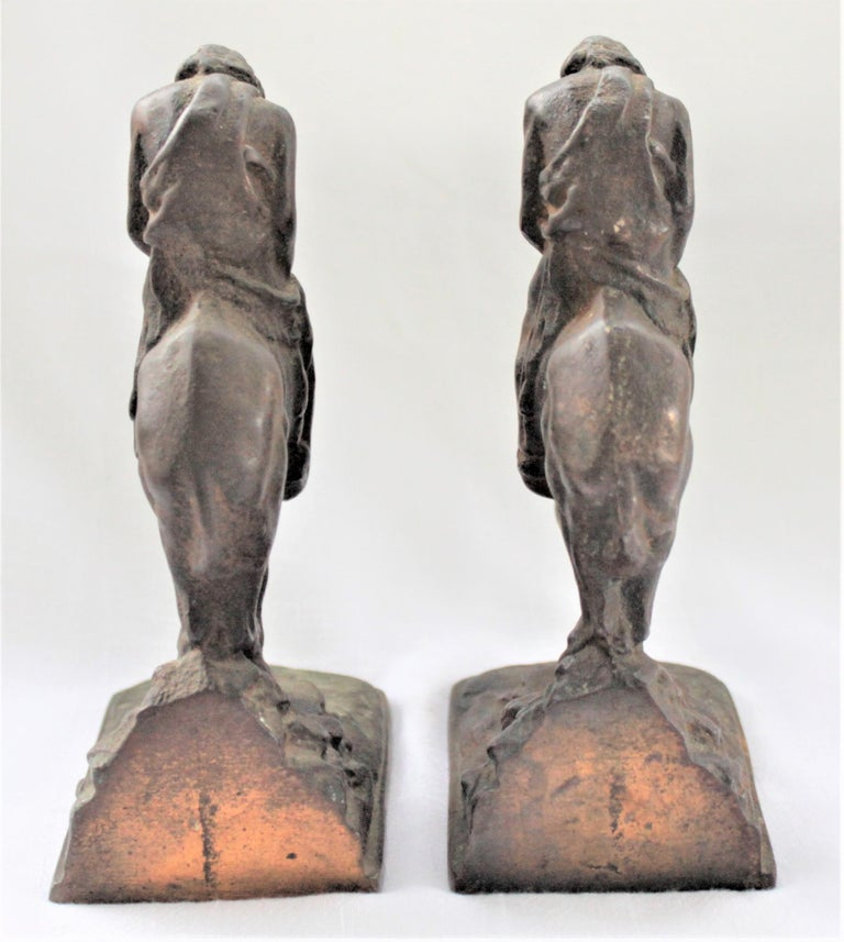 Pair of Art Deco Cast Bronzed Metal Western Cowboy Themed Sculptural Bookends For Sale 1