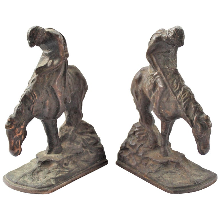 Pair of Art Deco Cast Bronzed Metal Western Cowboy Themed Sculptural Bookends For Sale