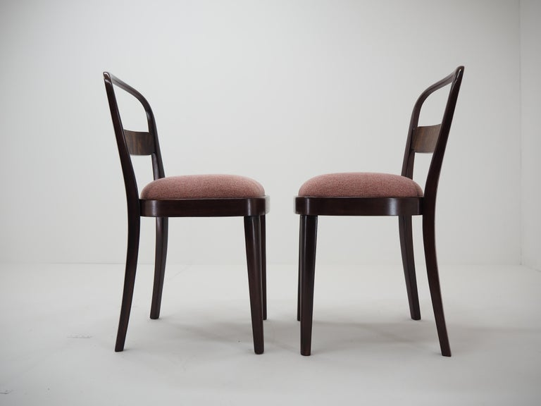 Pair of Art Deco Dining Chairs by Jindrich Halabala, Czechoslovakia, 1940 For Sale 1
