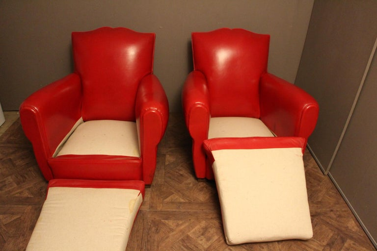 Pair of Art Deco French Mustache Back Club Chairs in Red Leather For Sale 4