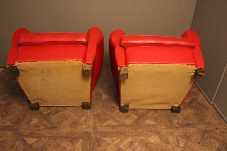 Pair of Art Deco French Mustache Back Club Chairs in Red Leather For Sale 5