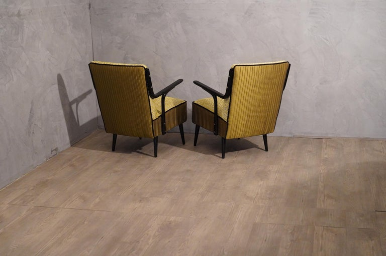 Art Deco Green Velvet and Black Lacquered Wood Armchairs, 1940 For Sale 4