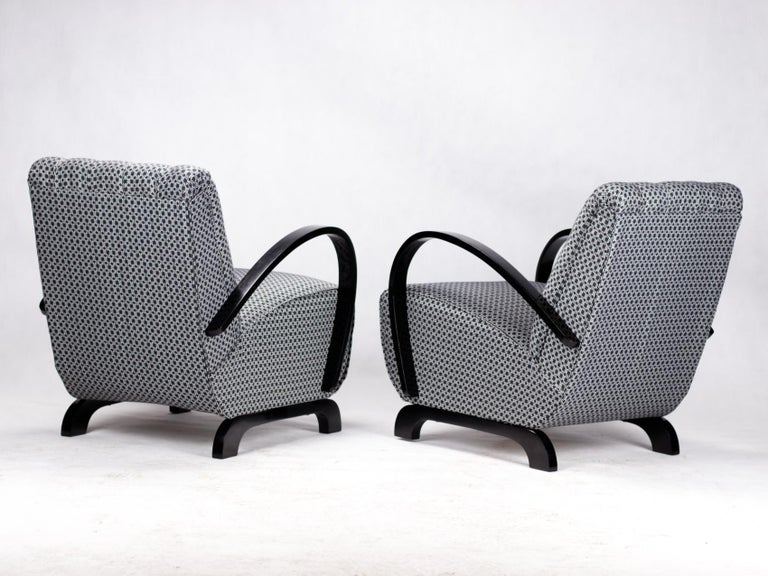 Mid-20th Century Pair of Art Deco Lounge Chairs by Jindrich Halabala for UP Zavody Brno, 1930s For Sale