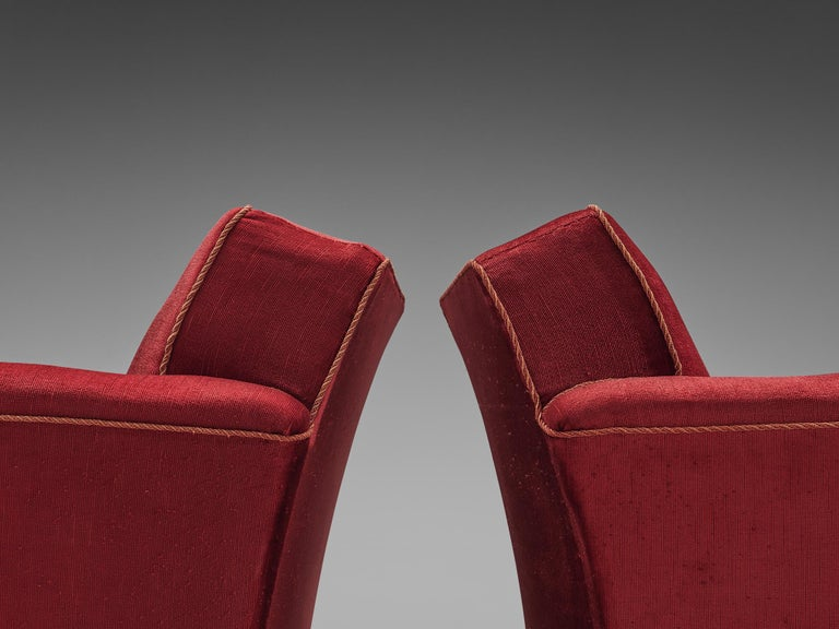 Mid-20th Century Pair of Art Deco Lounge Chairs in Red Velours For Sale