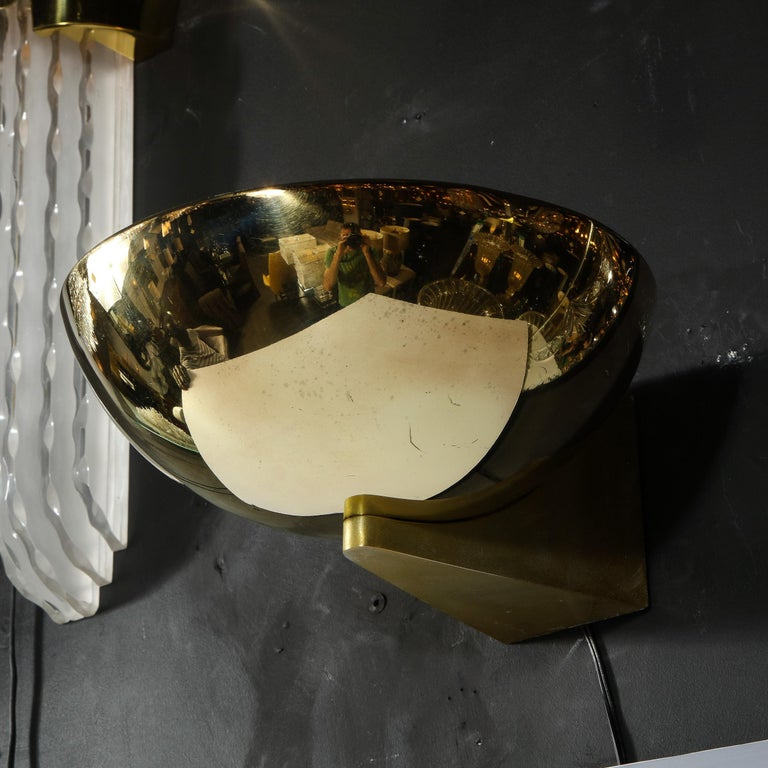 Pair of Art Deco Machine Age Streamlined Brass Sconces Signed by Kurt Versen In Excellent Condition For Sale In New York, NY