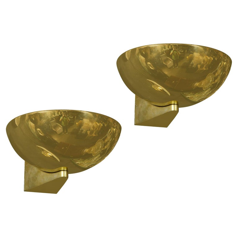 Pair of Art Deco Machine Age Streamlined Brass Sconces Signed by Kurt Versen For Sale