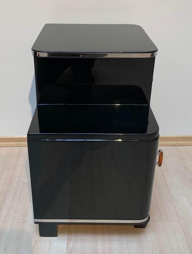 Pair of Art Deco Nightstands, Black Piano Lacquer and Nickel, France, circa 1930 For Sale 3